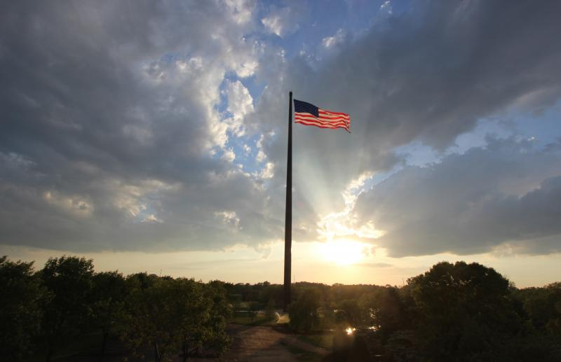 Town And Country Insurance >> America's tallest flag dedicated in Sheboygan, Wisc. | Legiontown U.S.A.
