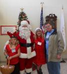 SANTA VISITS RI VETERANS HOME