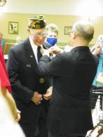 World War II veteran receives medal from France