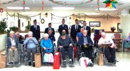Illinois post honors shut-in vets at nursing home.