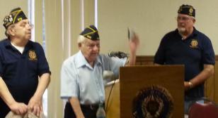 96-year-old receives American Legion 70-Year-Star