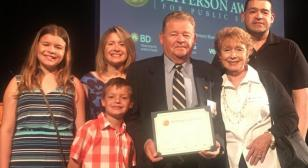 NJ resident Dubroski receives Jefferson Award