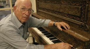 Old piano a hidden World War II memorial