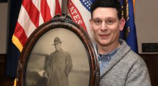Iraq War vet pays tribute to his World War I brothers in arms
