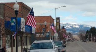 Post 42 Townsend Legion Family brightens up Main Street