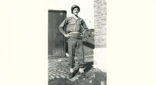 World War II Purple Heart recipient recounts time as medic in Europe