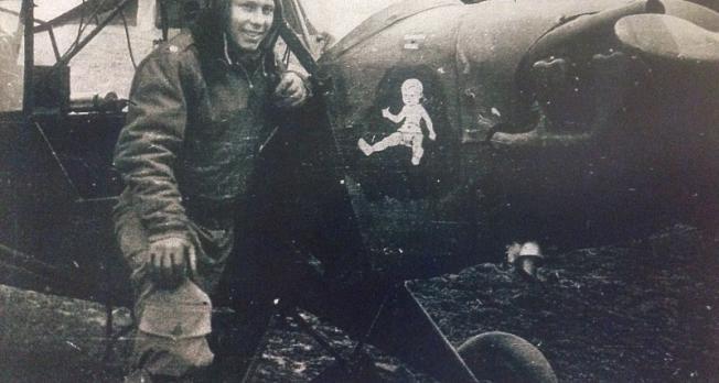 Grasshopper pilot recalls flying unarmed in front lines during World War 2